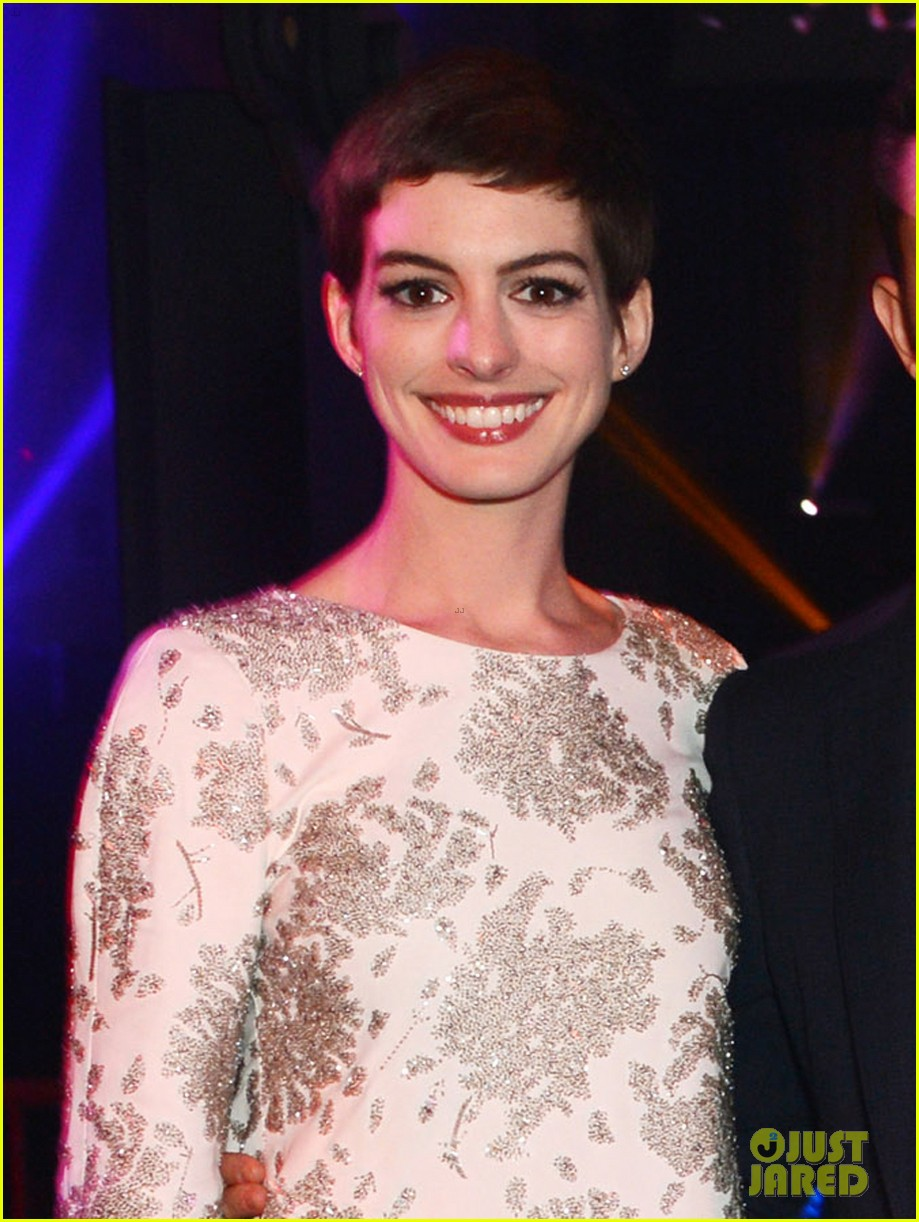 anne hathaway noomi rapace dark knight rises party 022689312