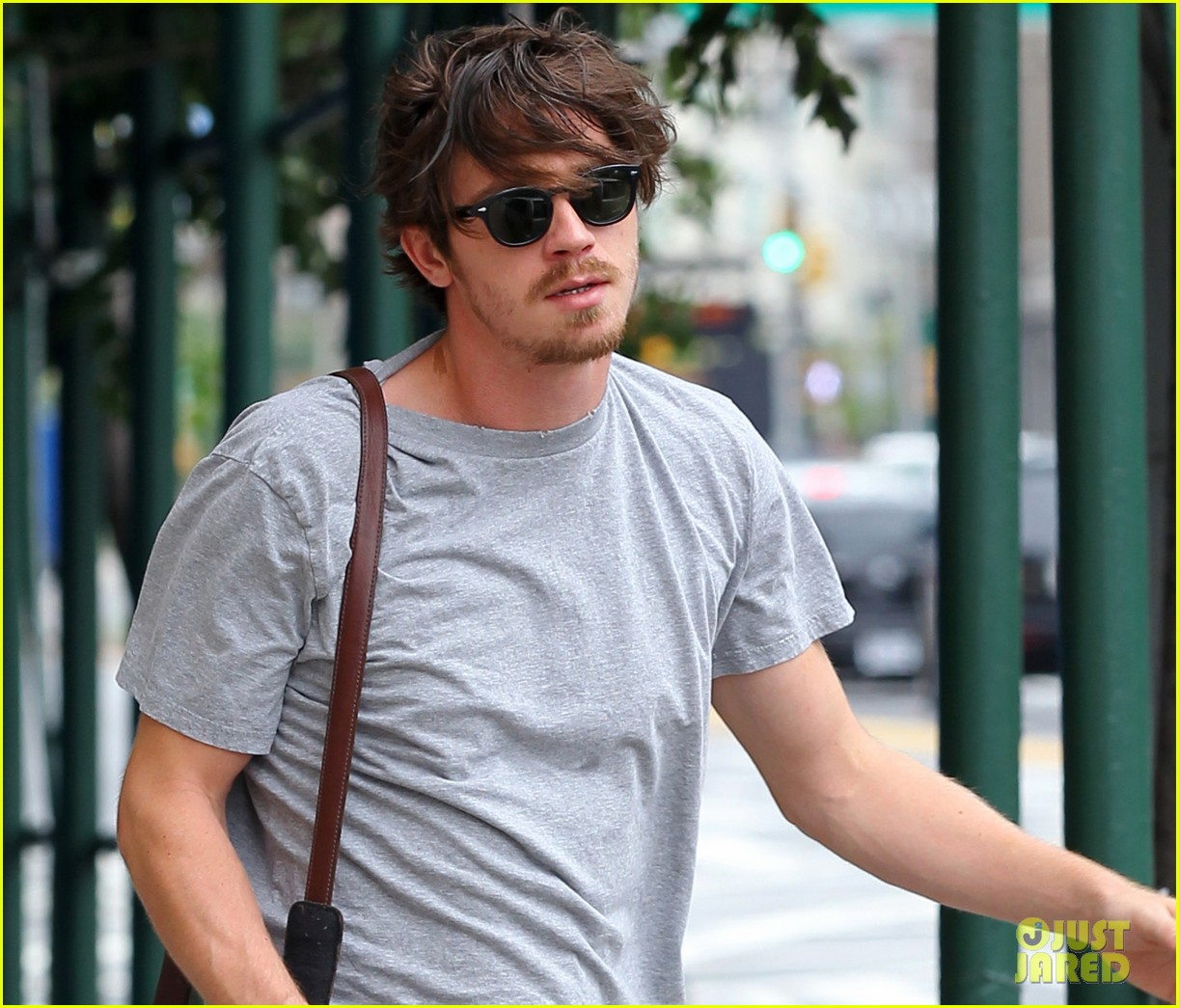 garrett hedlund heads to lullaby set 02