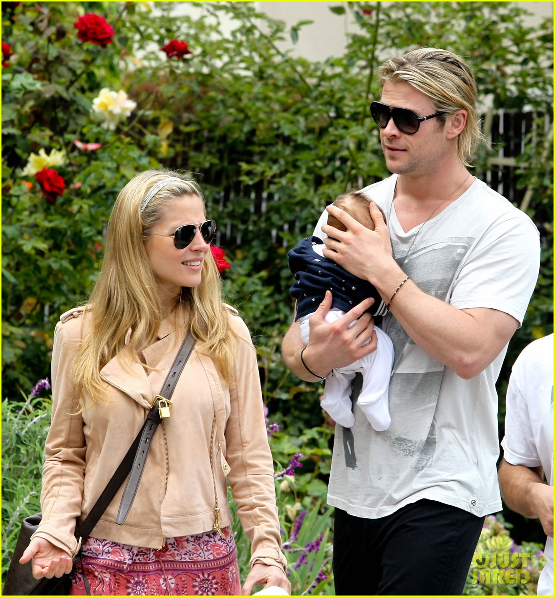 chris hemsworth elsa pataky kafe k india 162686570