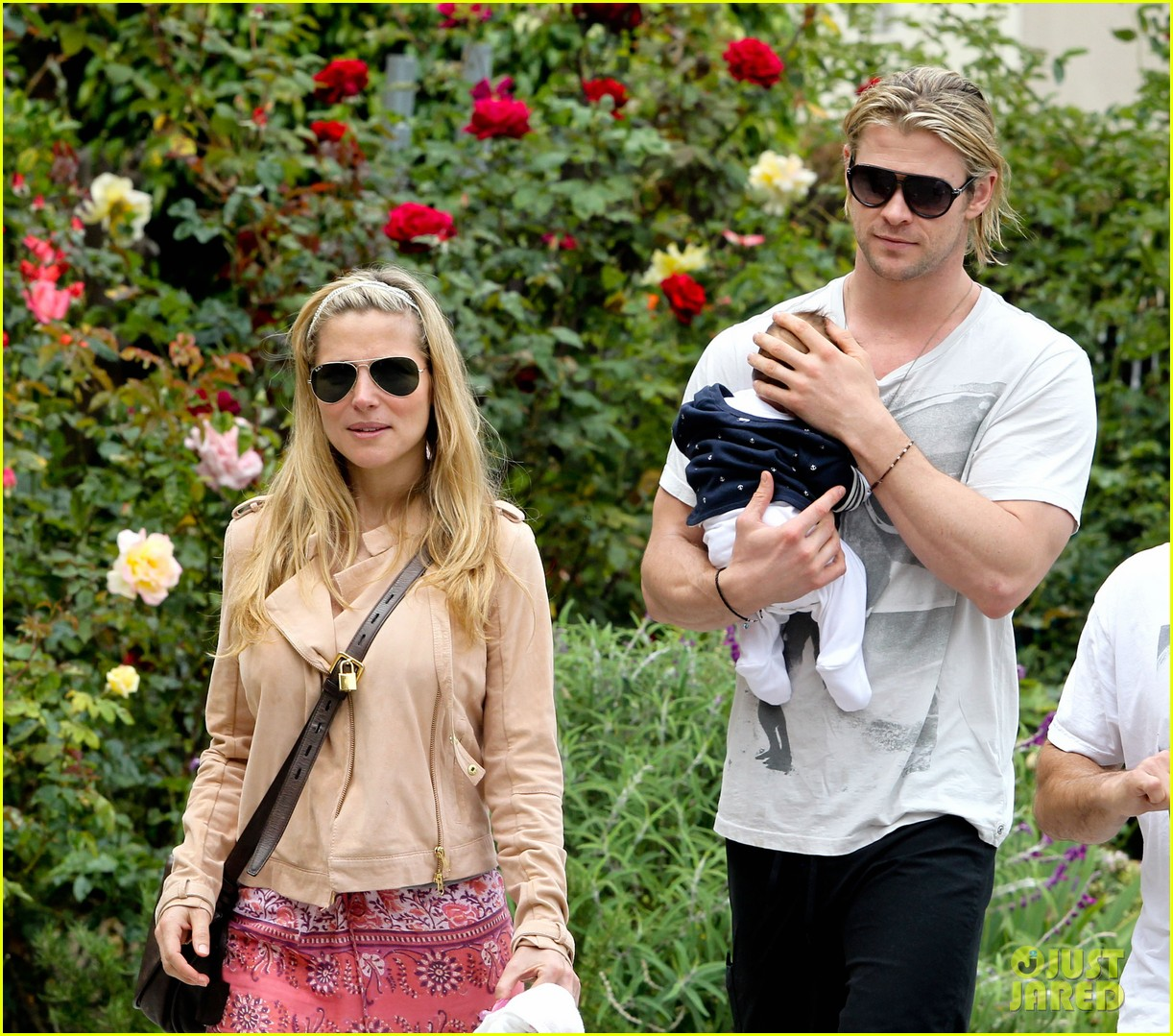chris hemsworth elsa pataky kafe k india 242686578