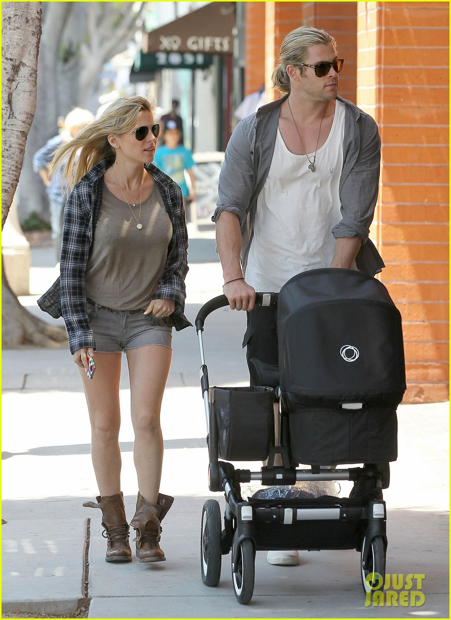 chris hemsworth elsa pataky santa monica stroll with baby india 152688658