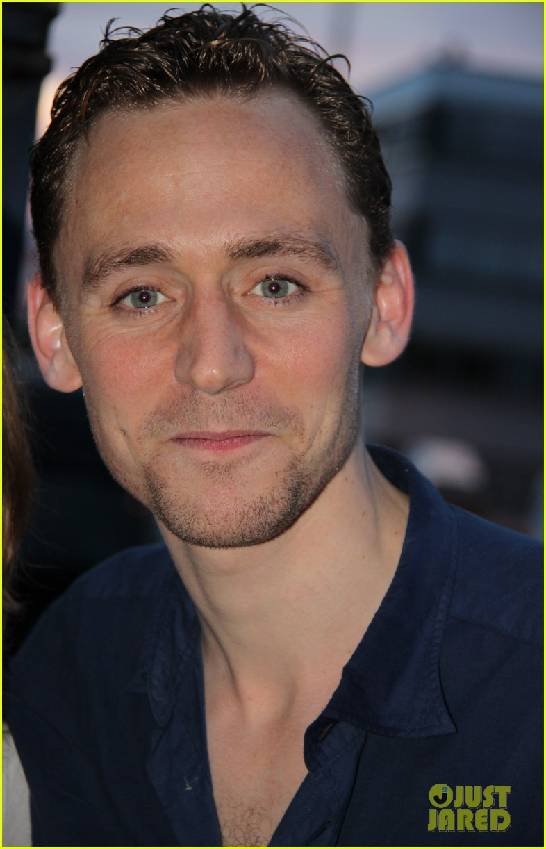 tom hiddleston family guy voiceover role 022694732