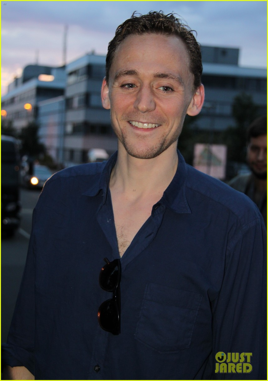 tom hiddleston family guy voiceover role 102694740