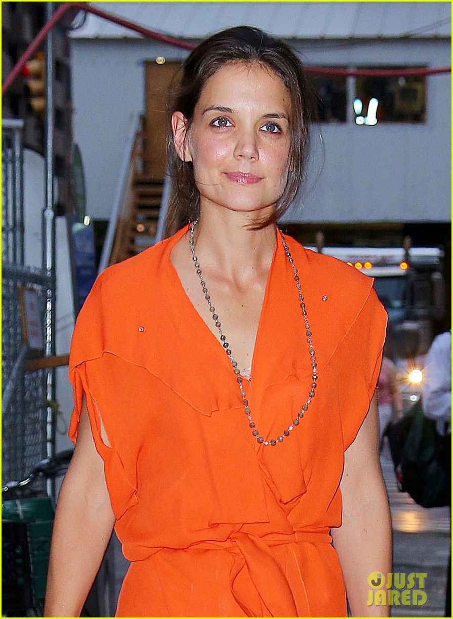 katie holmes coffee with mom 042687106