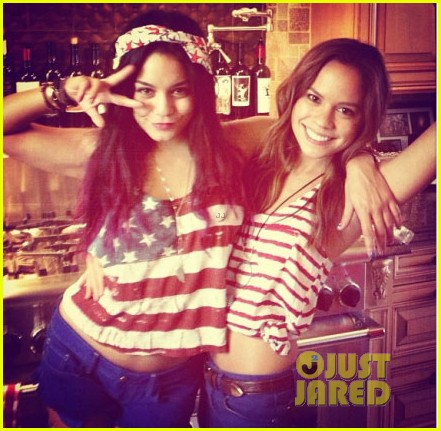 vanessa hudgens miley cyrus patriotic 012683632