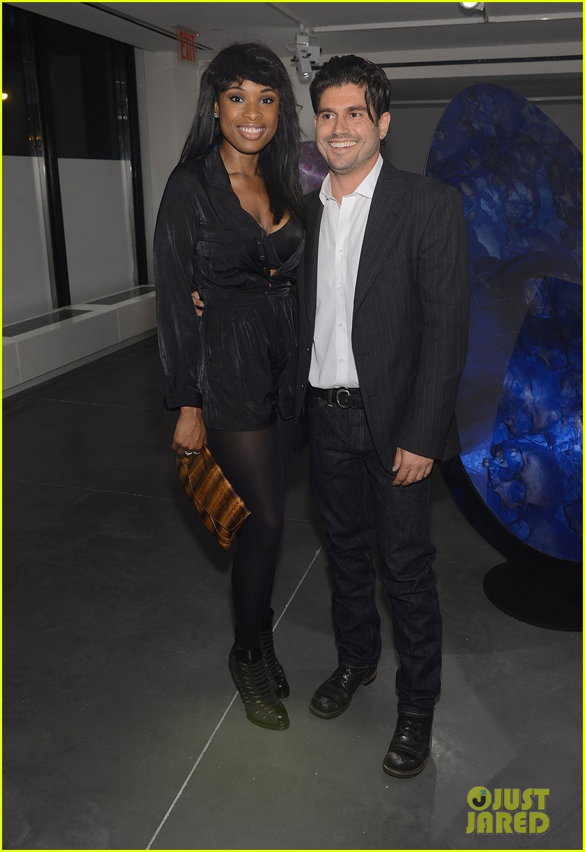jennifer hudson anne v andrew levitas exhibition 01