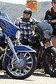 charlie hunnam ice cream pit stop 03
