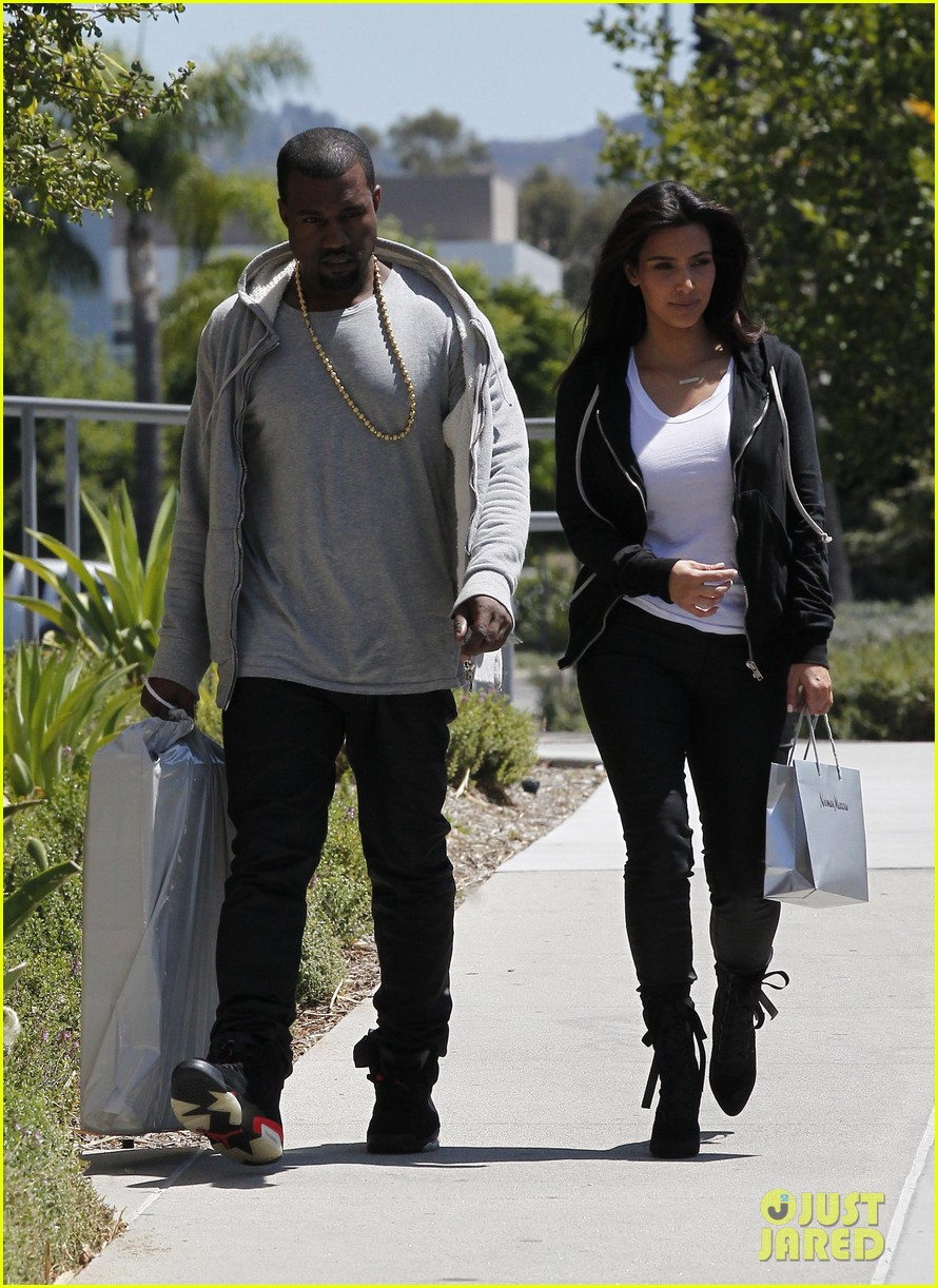 kim kardashian kanye west shop after penelopes birth 10