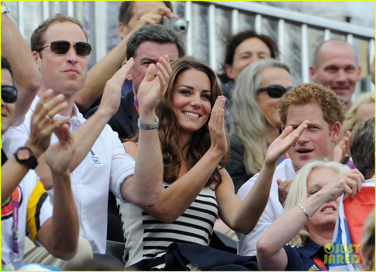 duchess kate prince william watch zara win silver medal 03