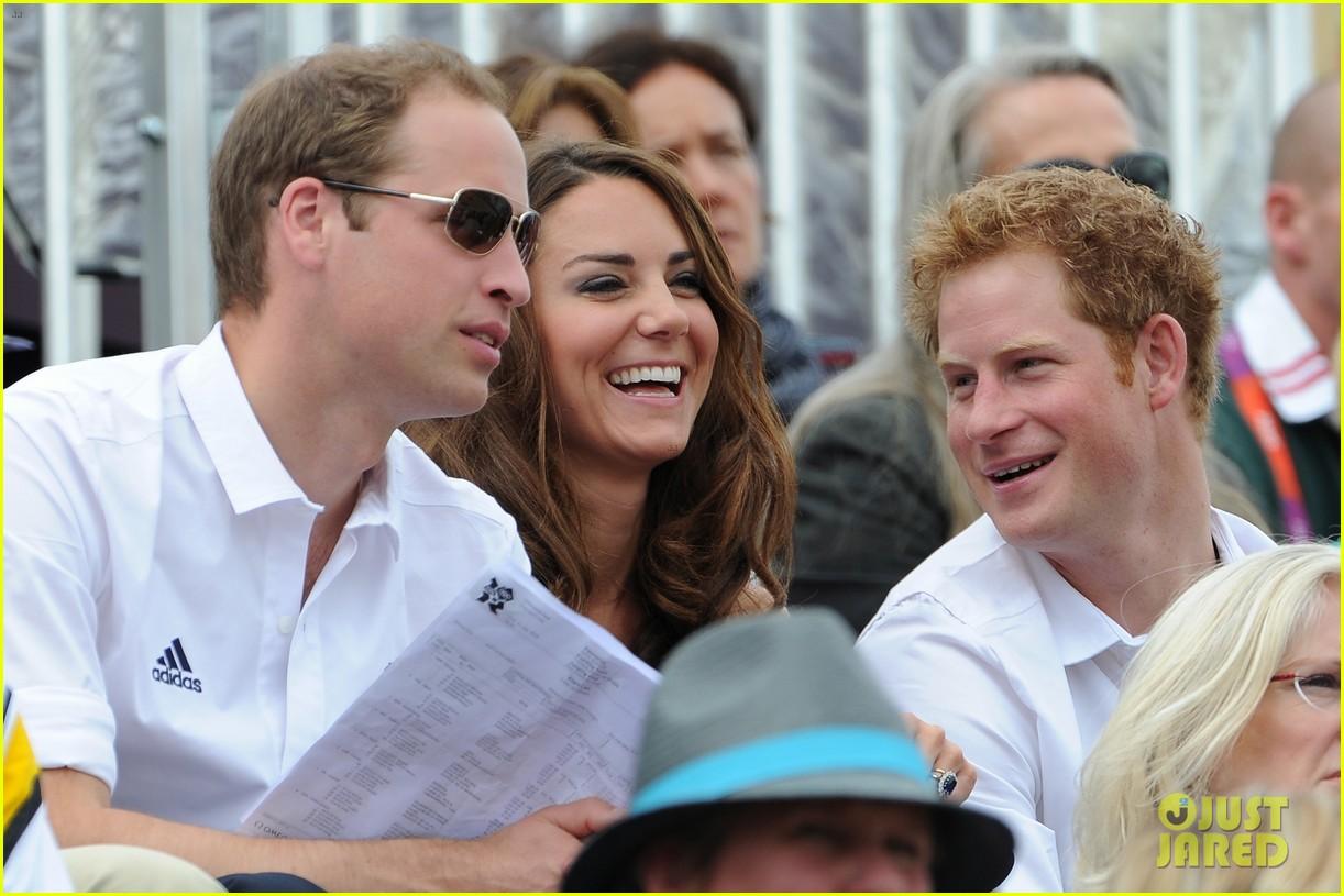 duchess kate prince william watch zara win silver medal 142694778