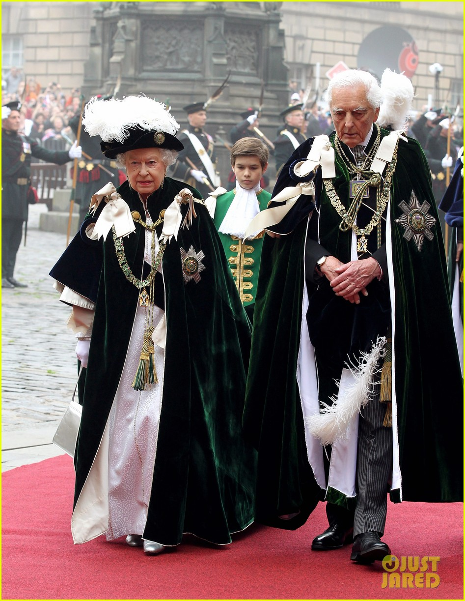 duchess kate prince william thistle ceremony 022683468