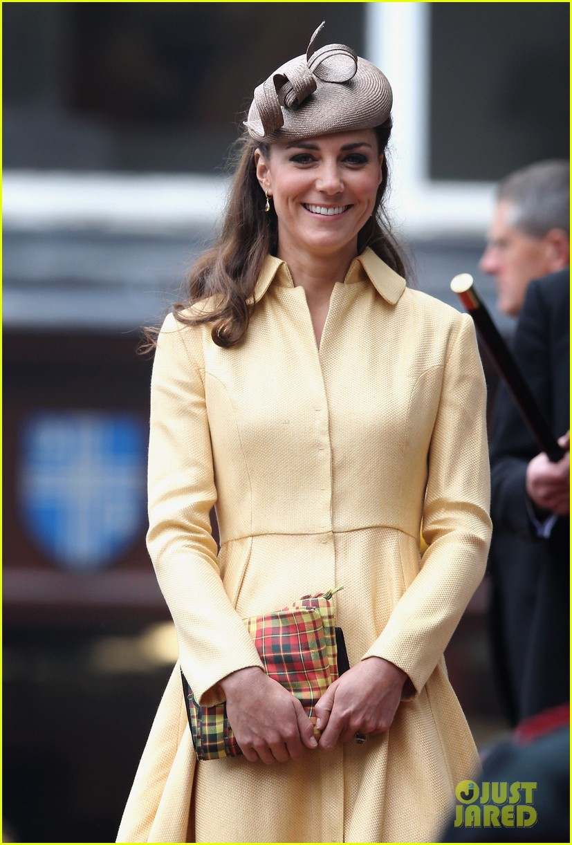 duchess kate prince william thistle ceremony 04