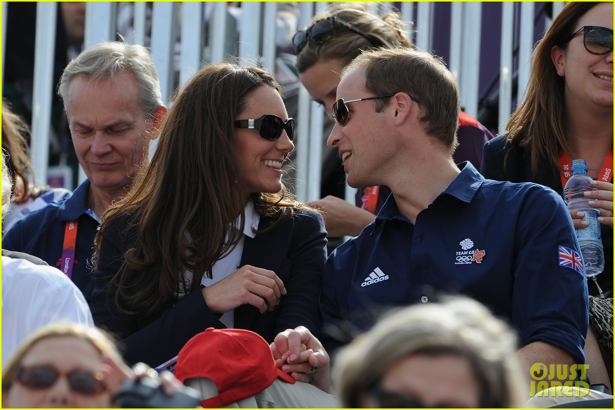 duchess kate prince william watch cousin zara phillips compete at olympics 022694321