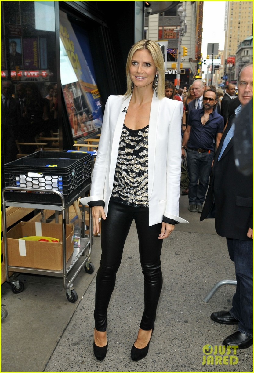 heidi klum project runway premieres tonight 012689545