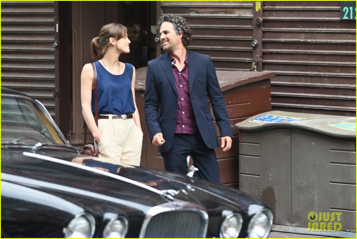 keira knightley mark ruffalo kiss 05