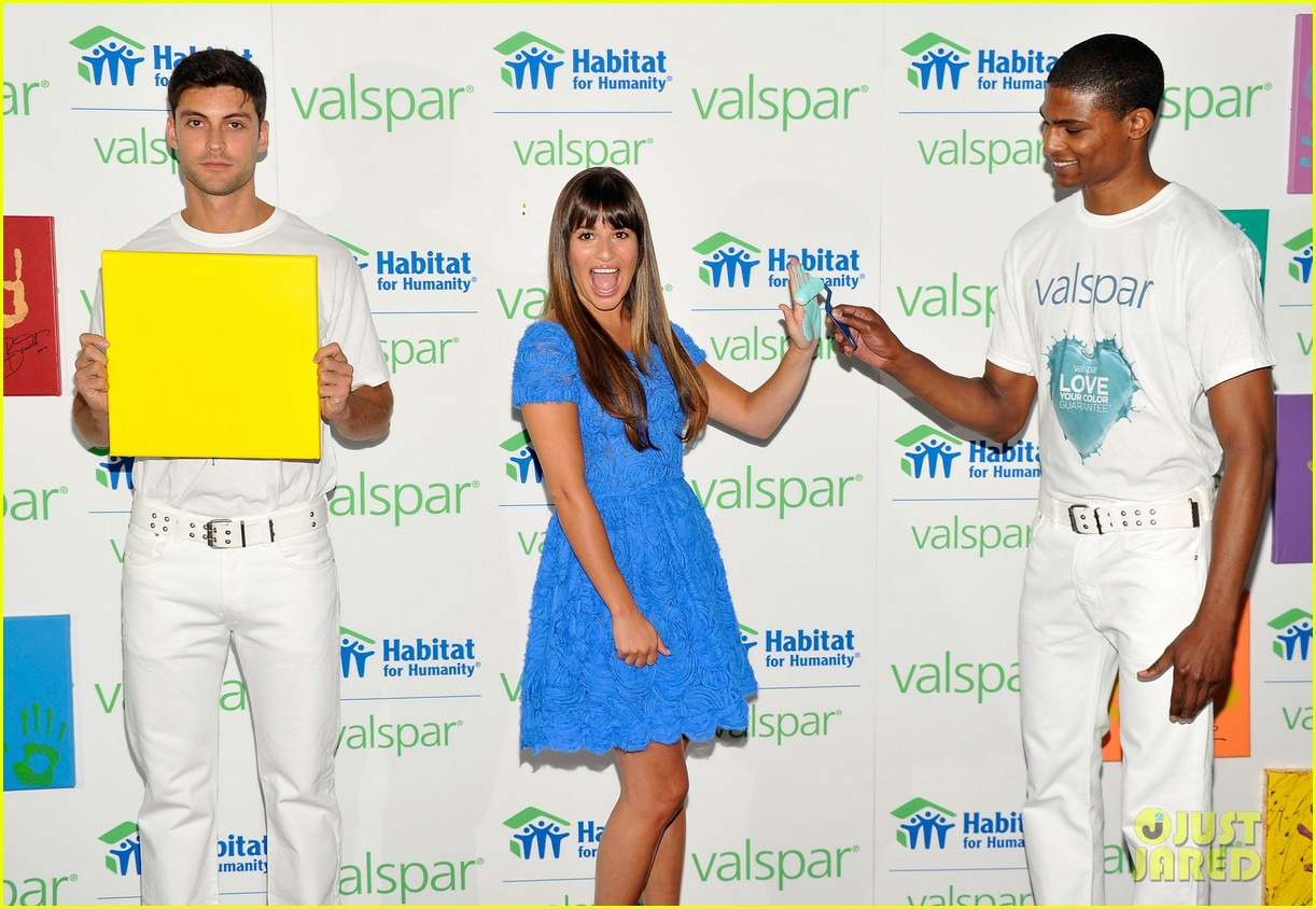 lea michele hands for habitat unveiling 052689851