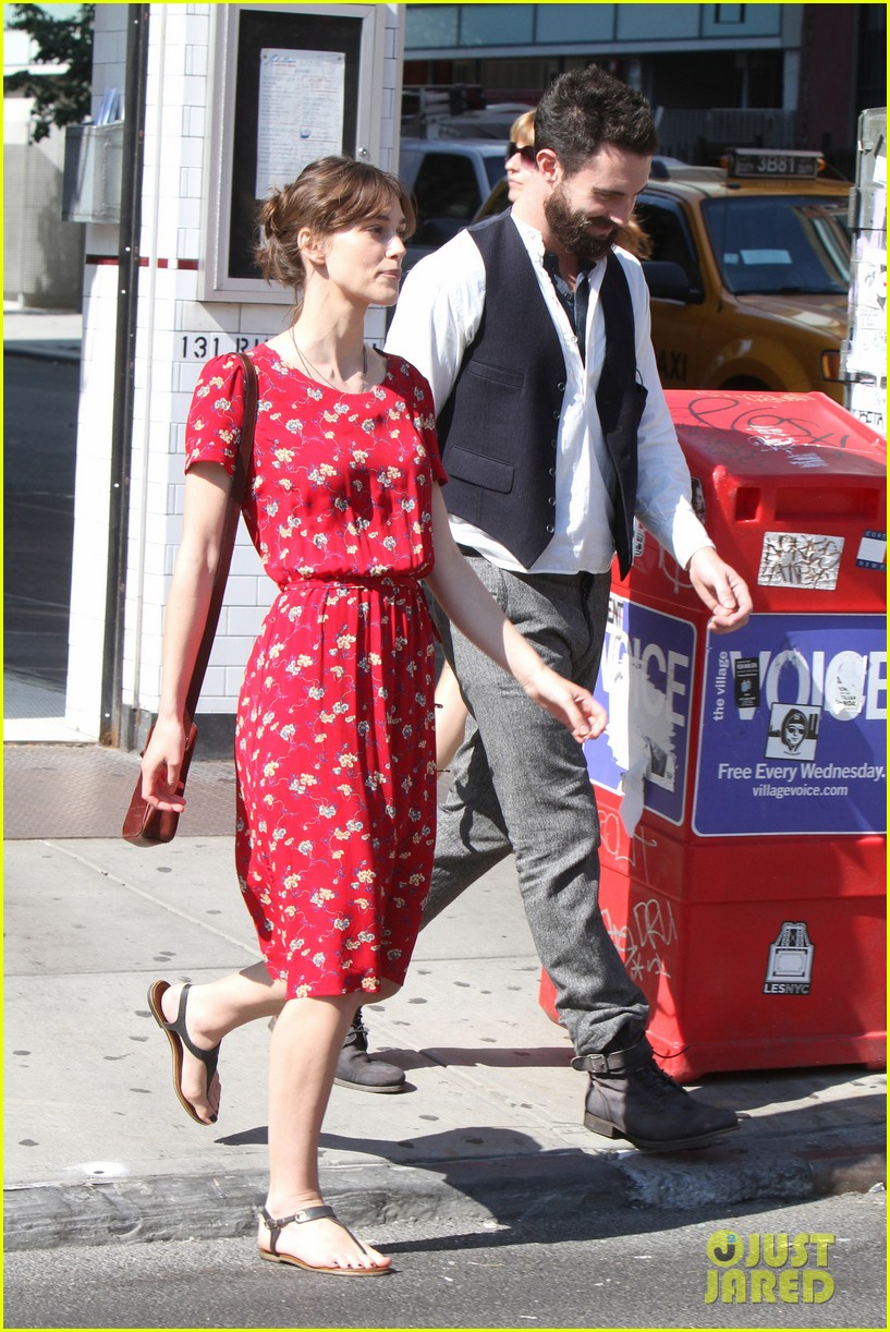 adam levine keira knightley song set 19