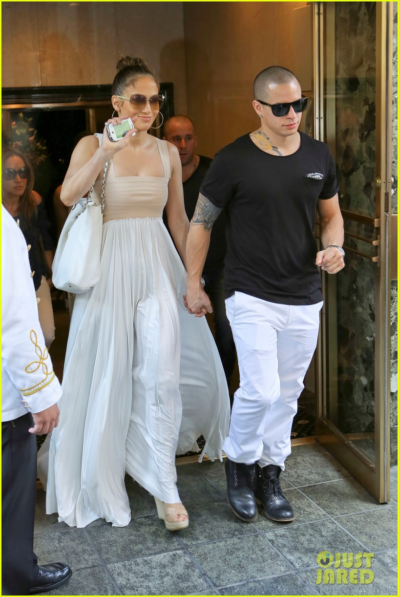 jennifer lopez birthday lunch with casper smart 12