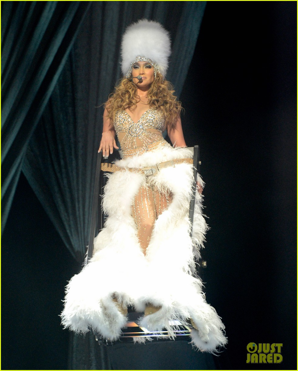 jennifer lopez launches concert tour after american idol exit 052688363
