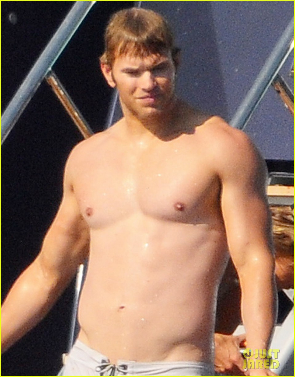 kellan lutz shirtless saint tropez 022694214
