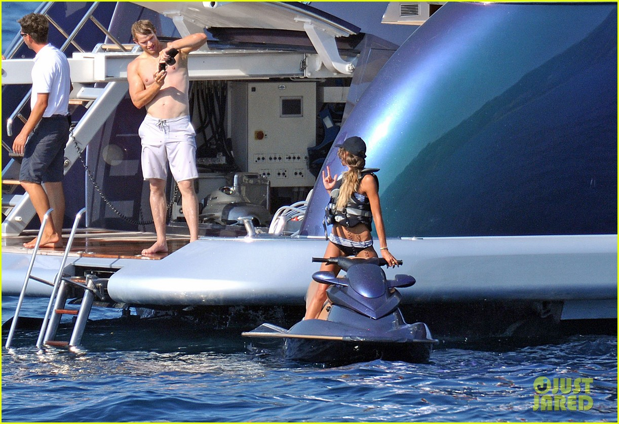kellan lutz shirtless saint tropez 072694219