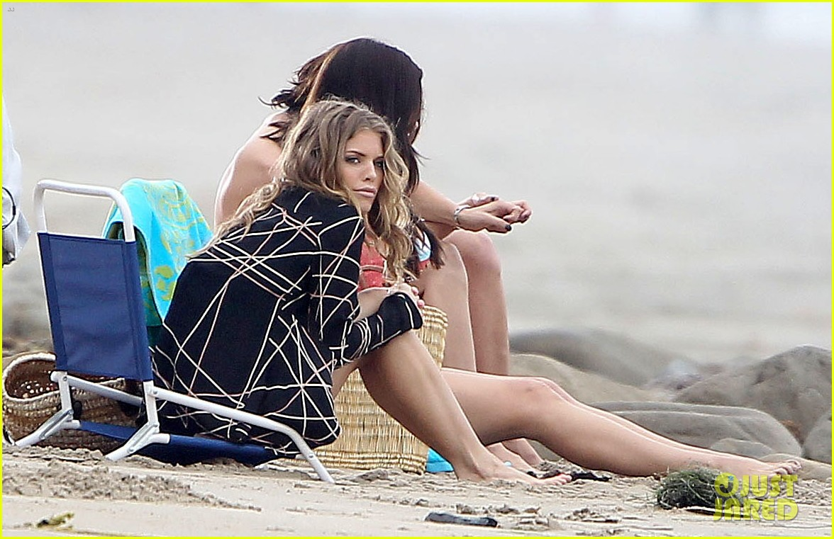 annalynne mccord jessica lowndes 90210 bikini babes 022692013