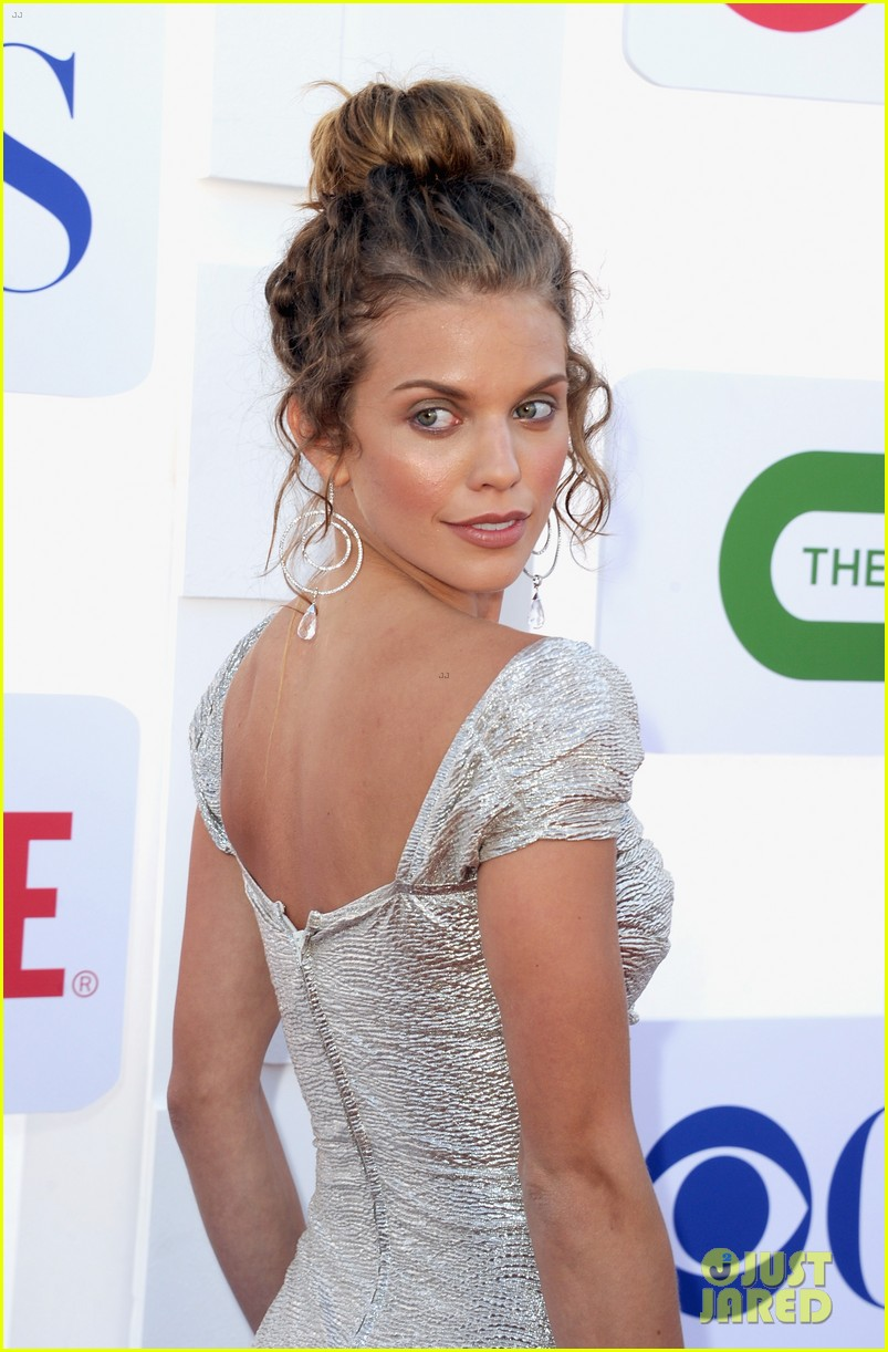 annalynne mccord jessica lowndes 2012 tca summer party 012694110