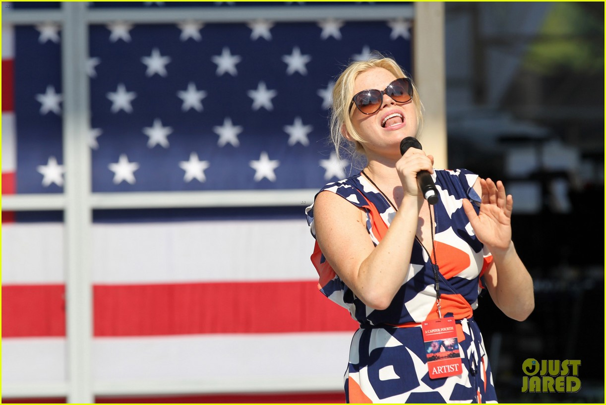 katharine mcphee megan hilty red white smash 232682639