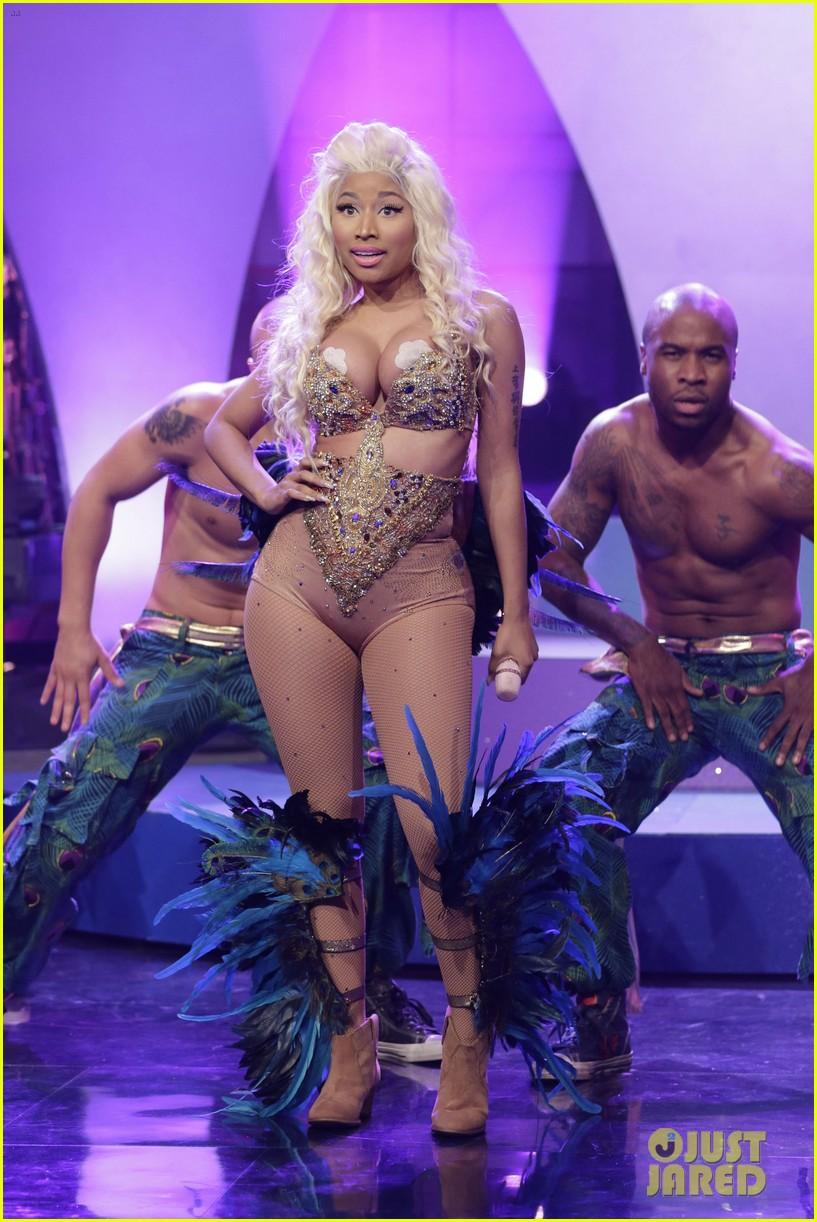 Nicki Minaj Malfunction