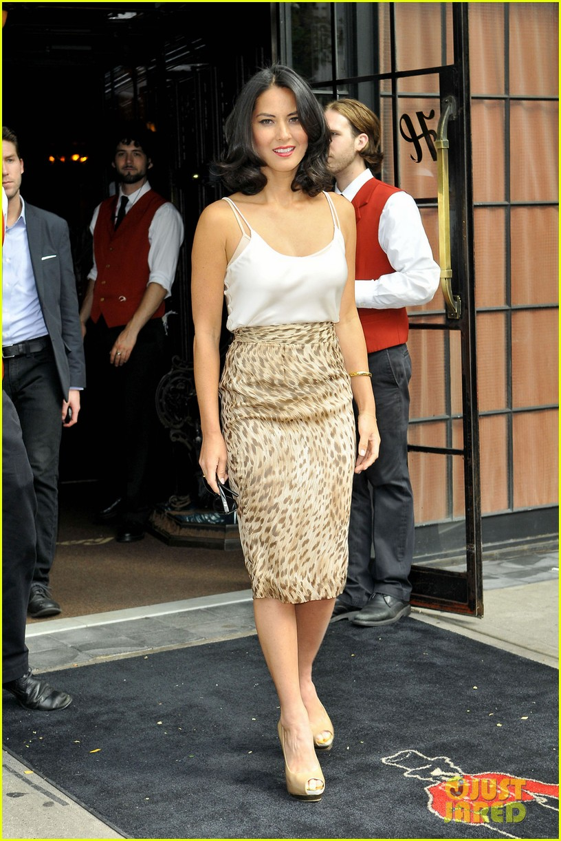 olivia munn jimmy fallon appearance 012693313