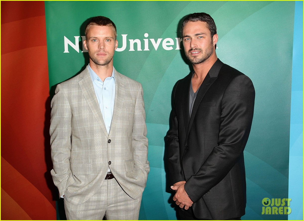 jesse spencer taylor kinney nbc universal press tour 202691535
