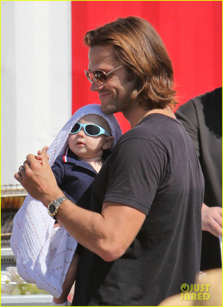 jared padalecki food festival with genevieve thomas 042694149