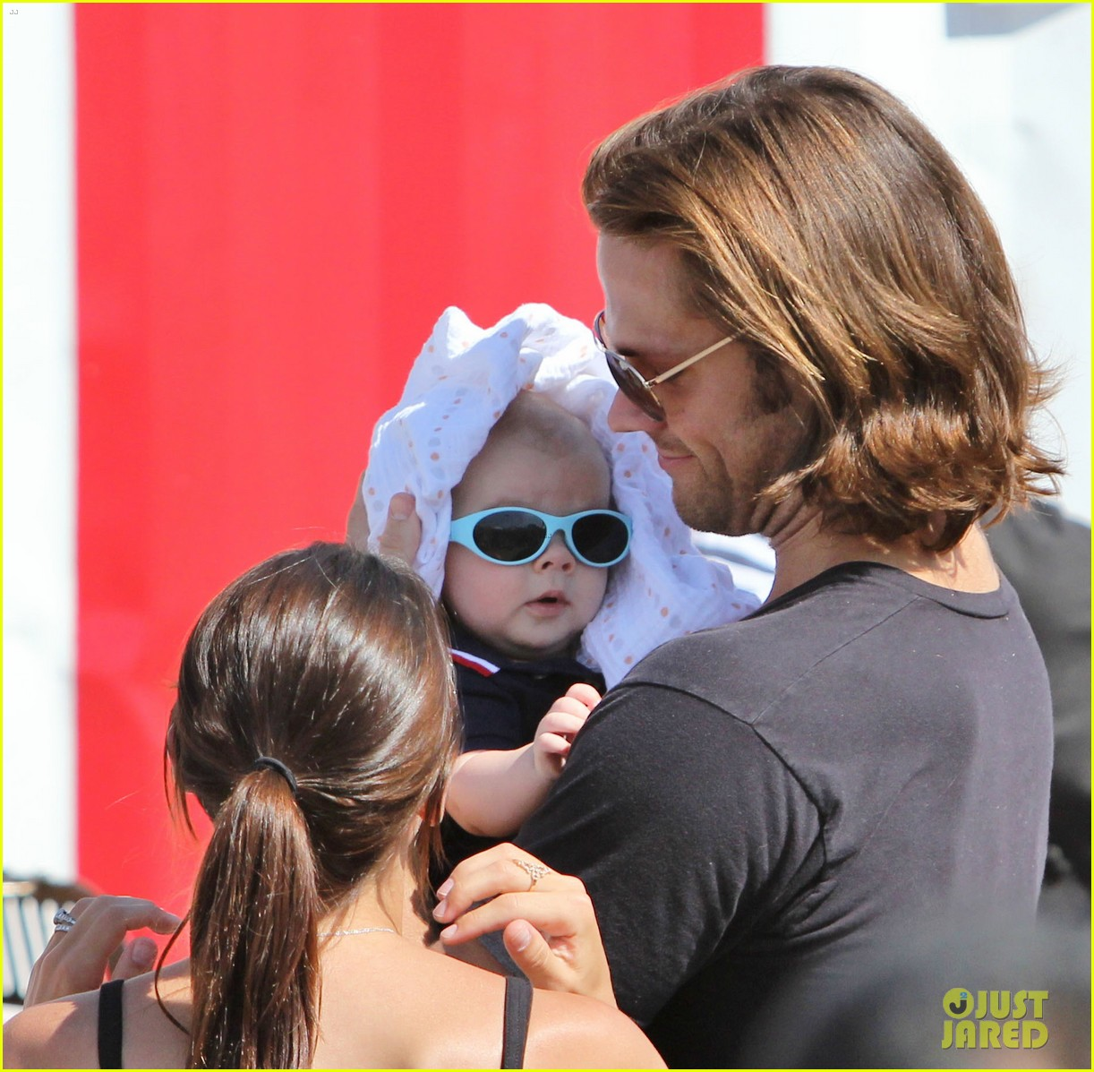 jared padalecki food festival with genevieve thomas 122694157