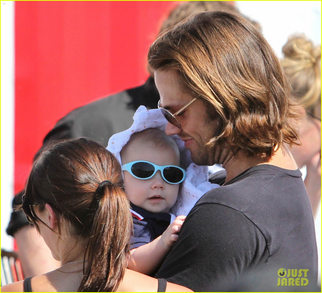 jared padalecki food festival with genevieve thomas 132694158
