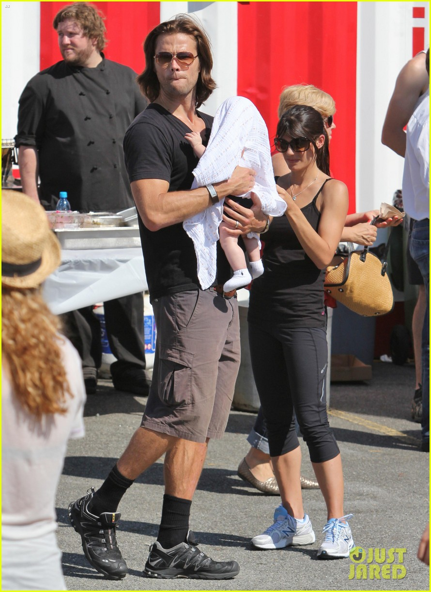 jared padalecki food festival with genevieve thomas 17