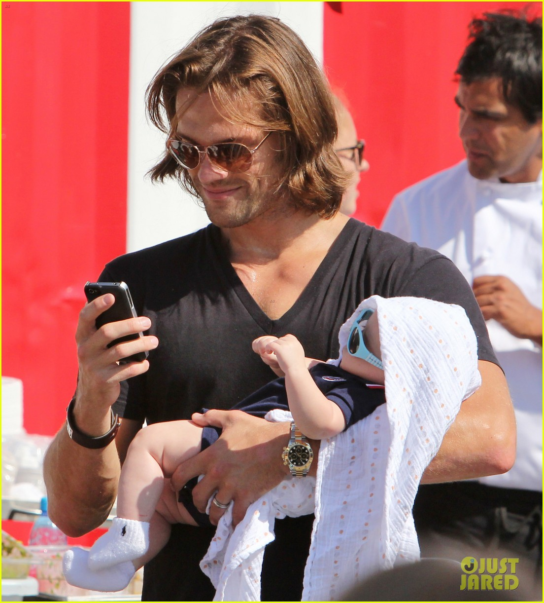 jared padalecki food festival with genevieve thomas 252694170
