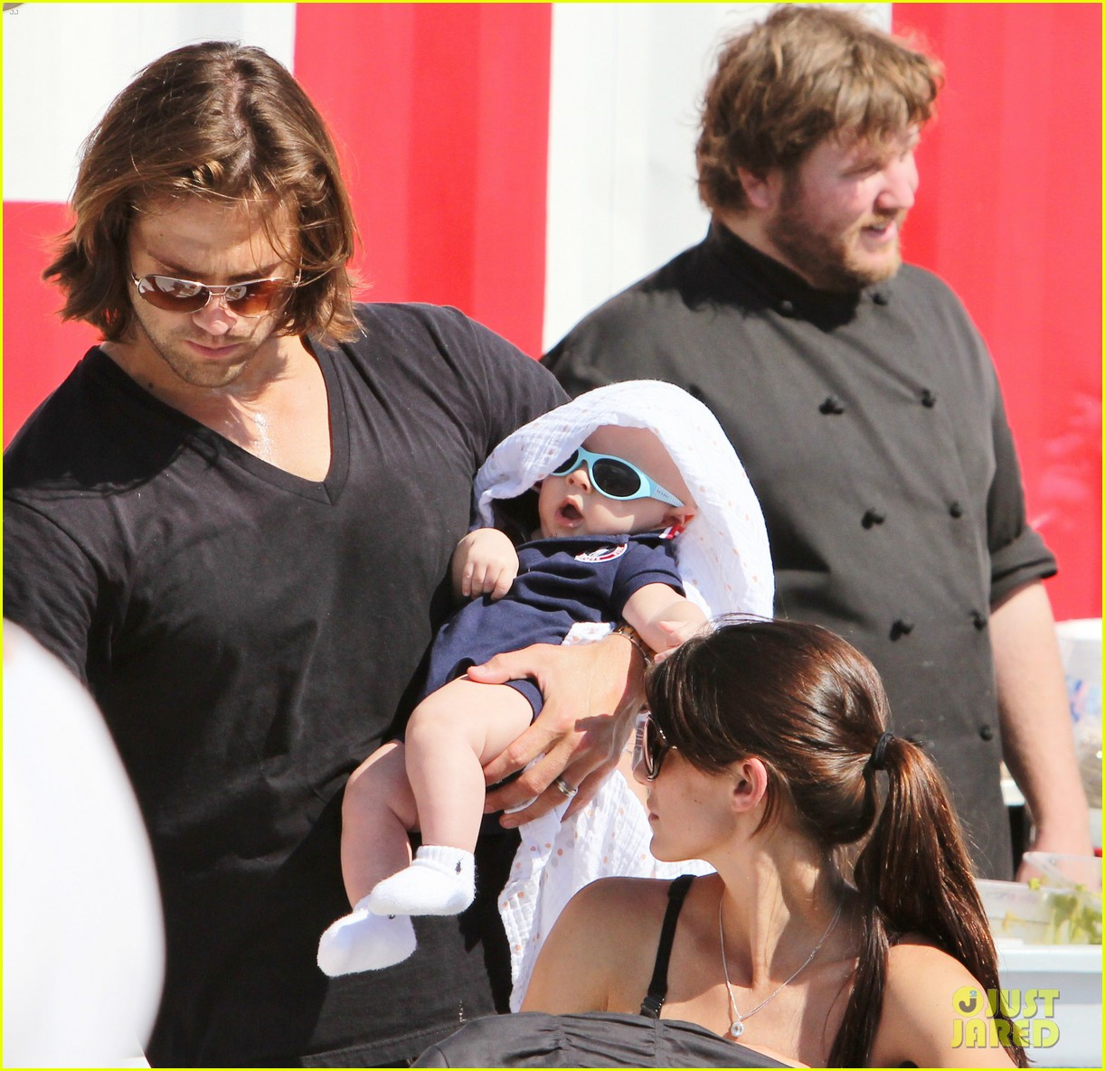 jared padalecki food festival with genevieve thomas 282694173