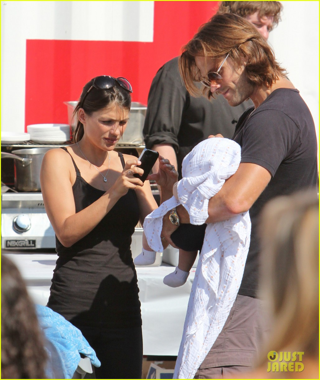 jared padalecki food festival with genevieve thomas 322694177