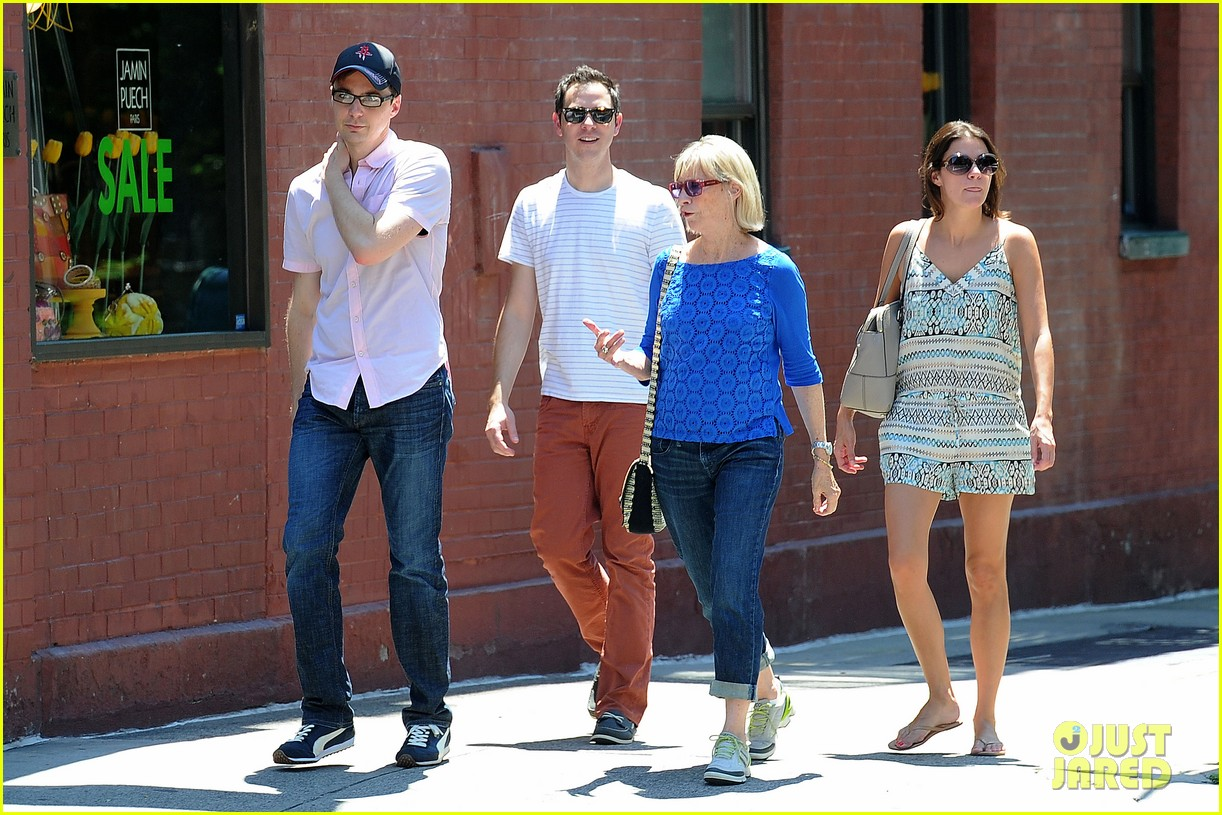 jim parsons lunch with pals 032684109