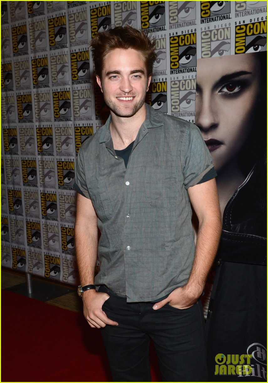 kristen stewart robert pattinson comic con panel 11