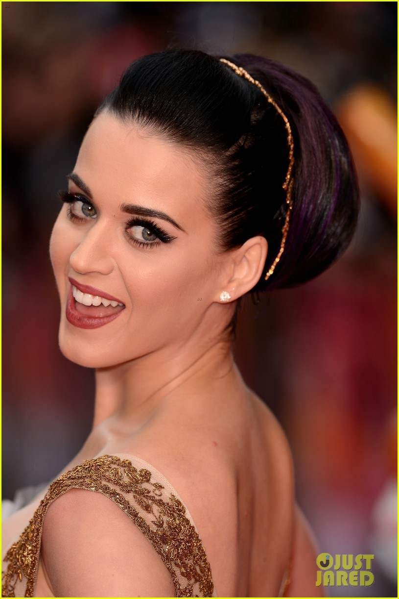 katy perry red white blue eyelashes at uk premiere 052682547