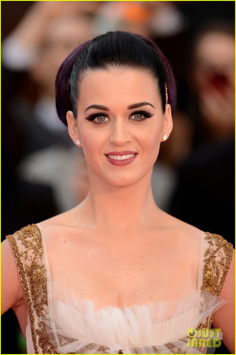 katy perry red white blue eyelashes at uk premiere 222682564