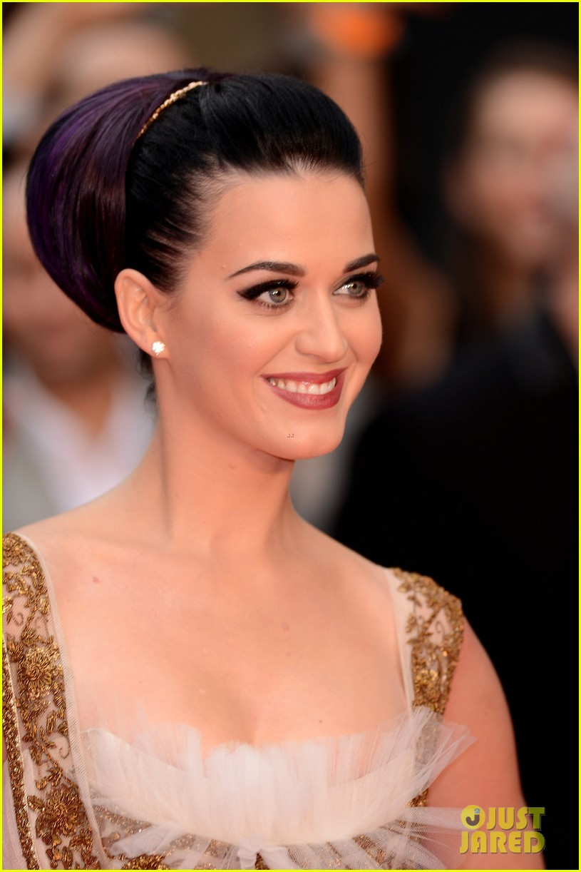 katy perry red white blue eyelashes at uk premiere 232682565