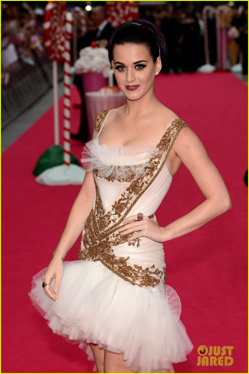 katy perry red white blue eyelashes at uk premiere 242682566
