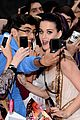 katy perry red white blue eyelashes at uk premiere 27