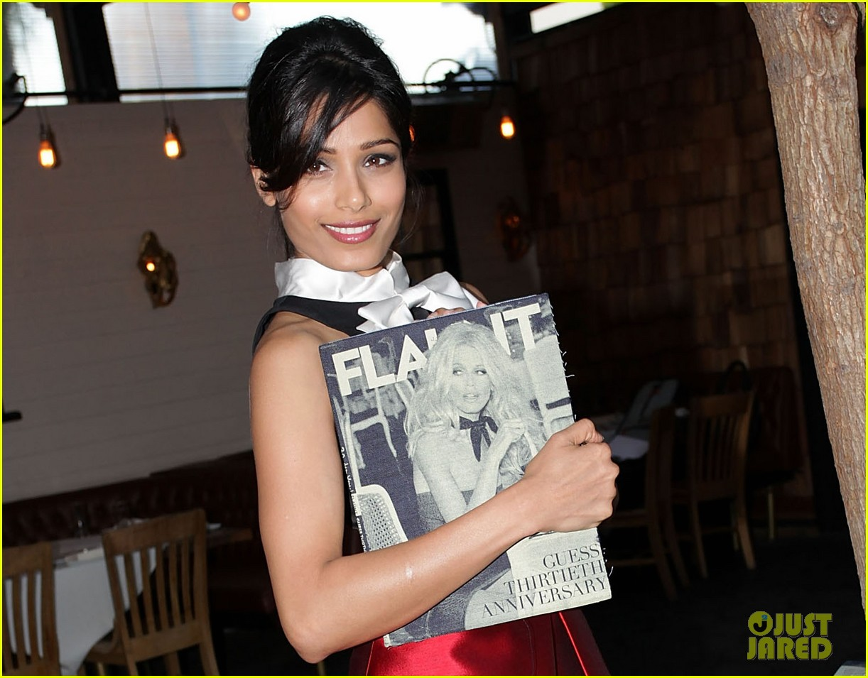 freida pinto flaunt magazine party 04