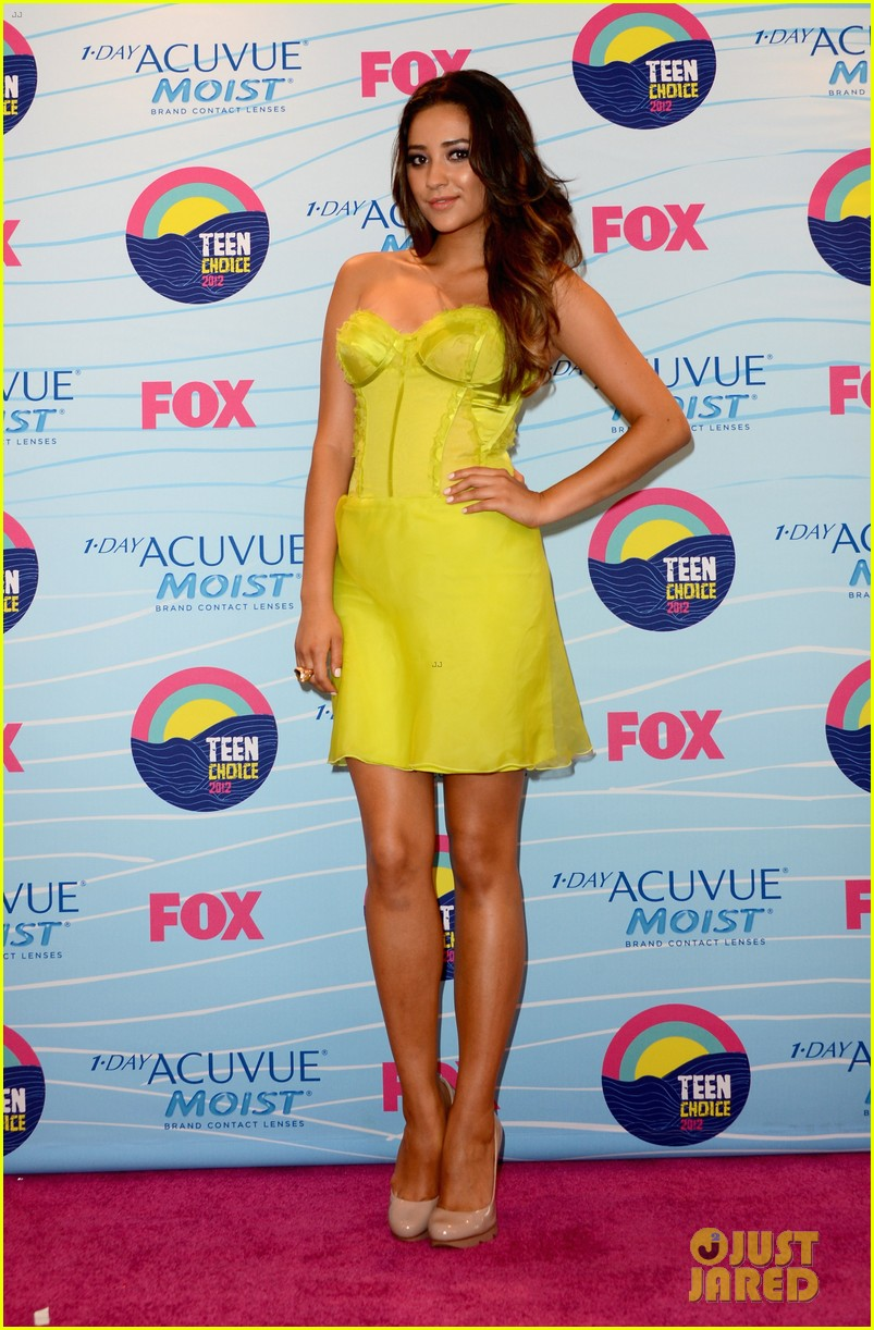 pretty little liars cast teen choice awards 2012 042690734