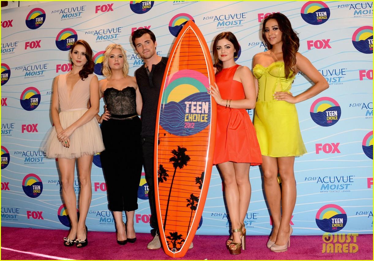 pretty little liars cast teen choice awards 2012 062690736