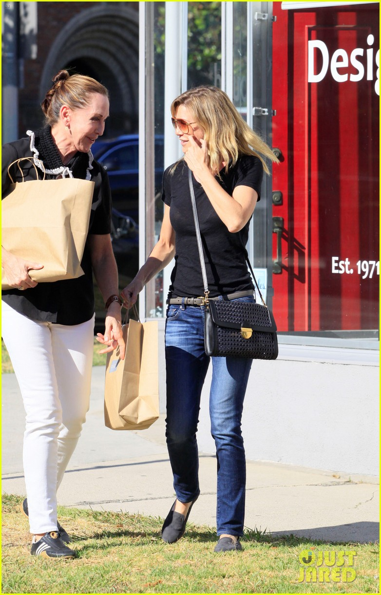 ellen pompeo beverly boulevard shopper 092684427