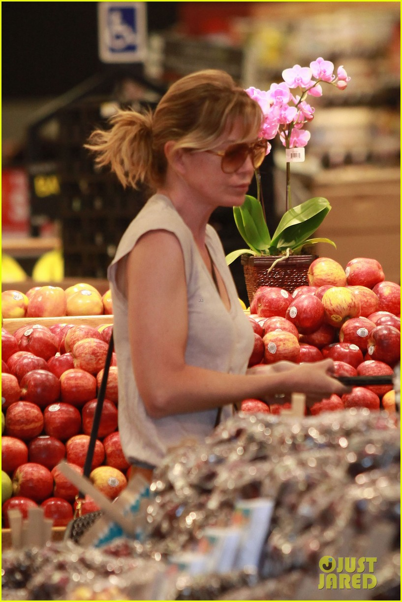 ellen pompeo whole foods grocery stop 052683847